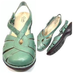 Clarks Bendables Pastel Green Strap On Sandals